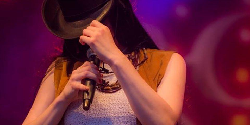 Cher 1 960 x 960