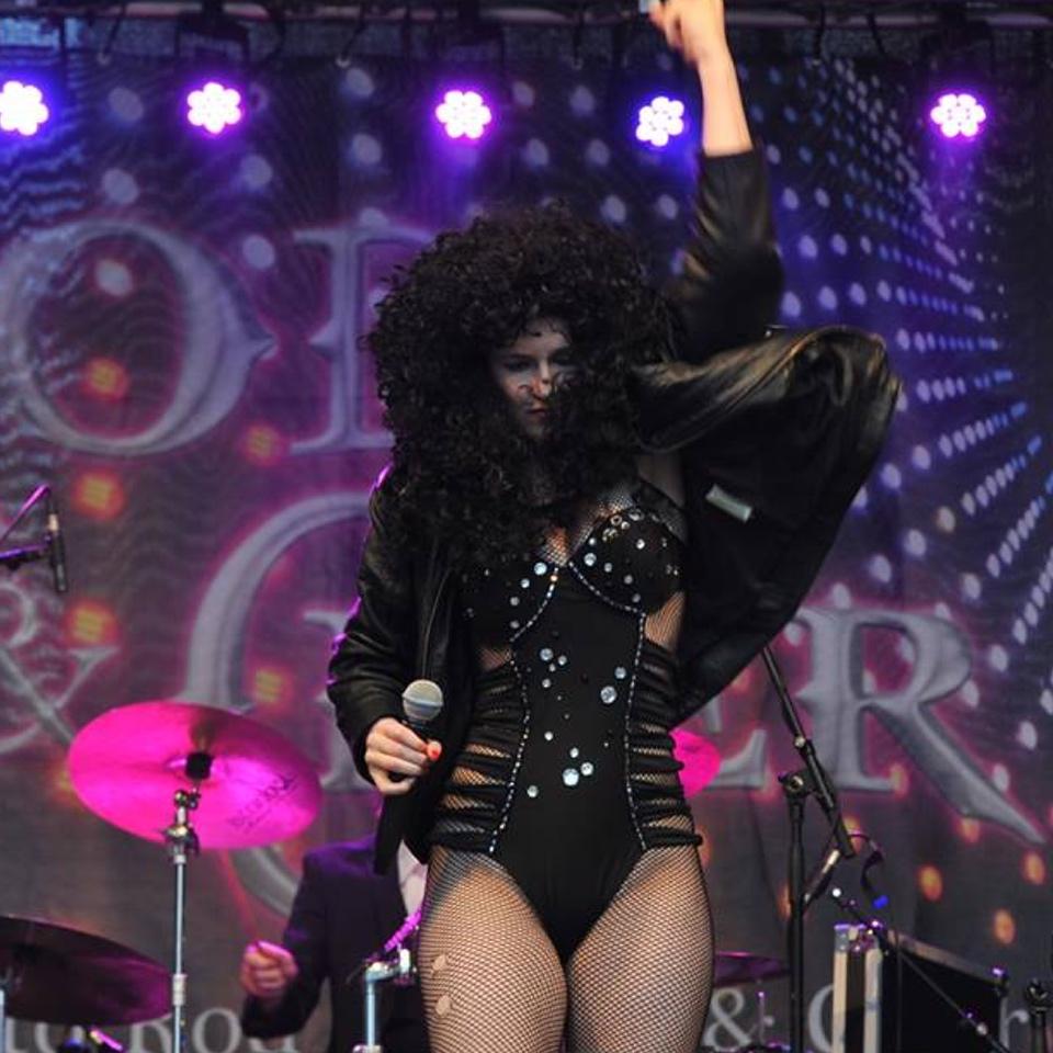 Cher 2 960 x 960